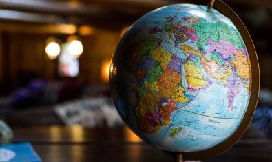 Exploradors i exploradores del món
