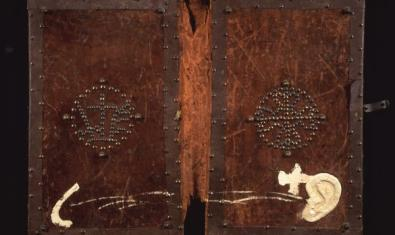 An Antoni Tàpies painting