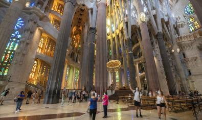 La Sagrada Família reabre las puertas