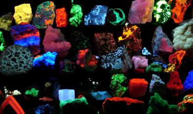 Fotografía de minerales fluorescentes