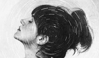 Retrat en blanc i negre de la cantant amb tot de cercles concèntrics superposats