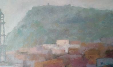Una pintura de l'autora mostra el perfil de Montjuïc envoltat per la boira