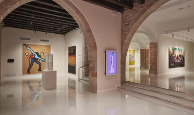 General view of the lower floor of the Moco Museum in Barcelona