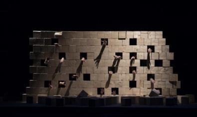 Un moment de l'espectacle 'El mur'