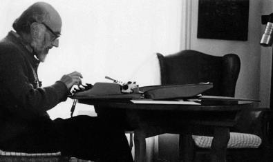 Una imatge del poeta i assagista Josep Palau i Fabre