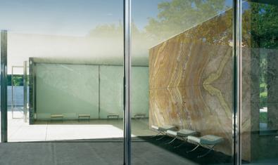 Un detall del Pavelló Mies van der Rohe