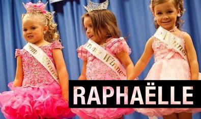 Unes nenes vestides com a reines de bellesa en la imatge que anuncia l'espectacle