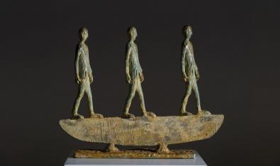 Escultura de bronze titulada 'Rasoio', de Roberto Barni