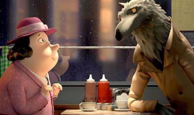 Fotograma de la pel·lícula, llop i senyora parlant en una cafeteria
