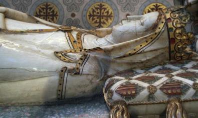 Tumba de la reina Elisenda de Montcada, en el Monasterio de Pedralbes