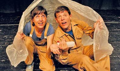 Fotografia dels dos actors a l'escenari