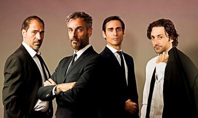 Los cuatro actores de 'Sota la catifa'