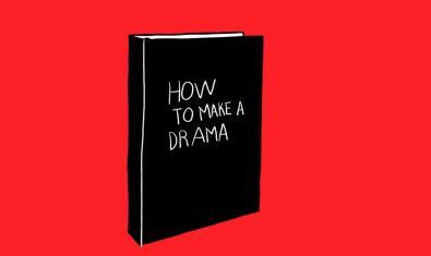 Una de les obres d'aquesta artista mostra un llibre de tapes negres amb el títol Com fer un drama sobre un fons de color vermell