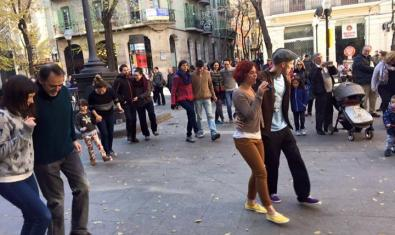 Ballada de swing a la plaça d'Orfila