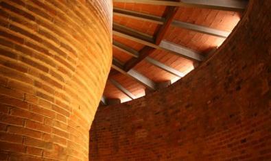 Torre de les Aiguües del Besòs, interior