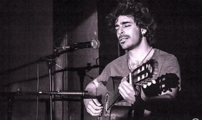 Piero Pesce és la primera proposta del Tradicionàrius digital de música folk, la tarantel·la