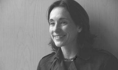 El recital de poesía de Julieta Valero se hará en abril