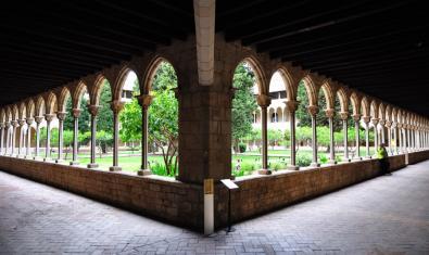 Fotografía del claustro del Monasterio