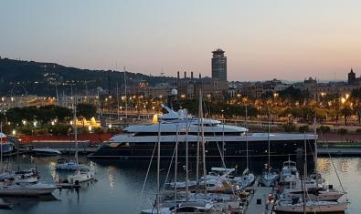 Vistes del Port Vell des del Museu d'Història de Catalunya