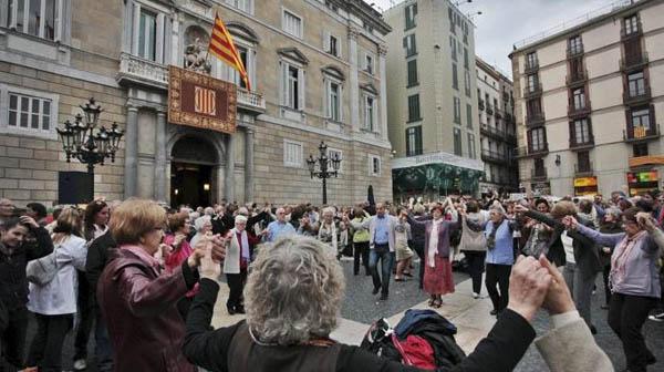 Agrupaci cultural folkl rica barcelona cultura popular - Agenda cultura barcelona ...