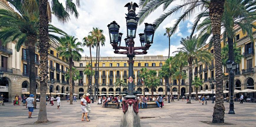 Vista actual de la plaça Reial. © Pepe Navarro