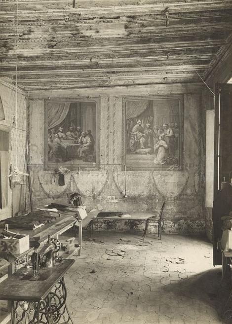 Interior de la casa Taverner, cap al 1936. © AFB