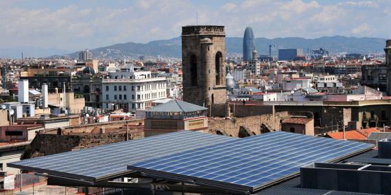 Plaques solars als terrats de Barcelona © Ajuntament de Barcelona / Equip d'audiovisuals