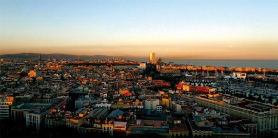Vista parcial del litoral de Barcelona. © Vicente Zambrano González