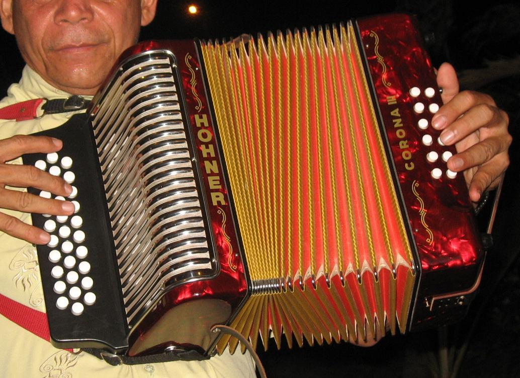 El Vallenato, música tradicional de la regió del Magdalena Grande, a Colòmbia, està inclòs a la llista del Patrimoni Cultural que requereix mesures urgents de salvaguarda.