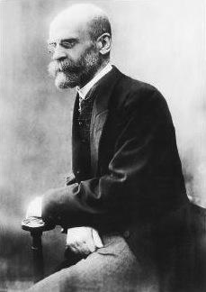 «Una religió és un sistema solidari de creences i de pràctiques relatives a les coses sacres, es a dir separades, prohibides, creences i pràctiques que uneixen en una mateixa comunitat moral a tothom que s'hi adhereix.» Émile Durkheim