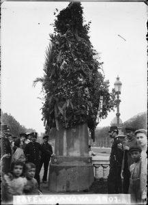 Estatua-Rafael-Casanova-Paseo-San-Juan-1907