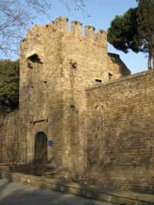 El portal de Santa Madrona, al Paral·lel.
