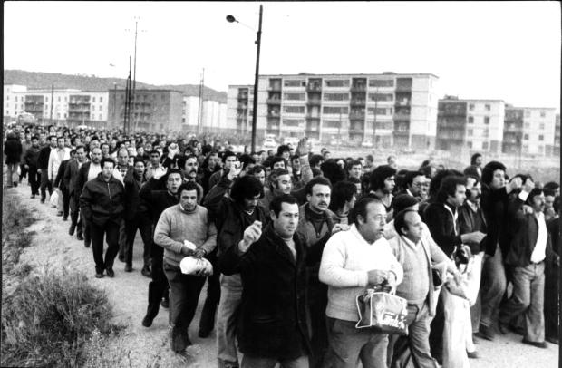 Manifestació de treballadors de Roca Radiadores, el febrer de 1977. Foto: Jordi Soteras. Col•lecció fotogràfica AHCO