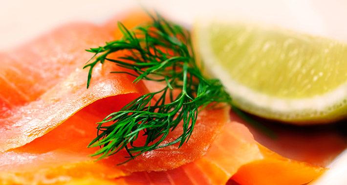 Potato and smoked salmon salad