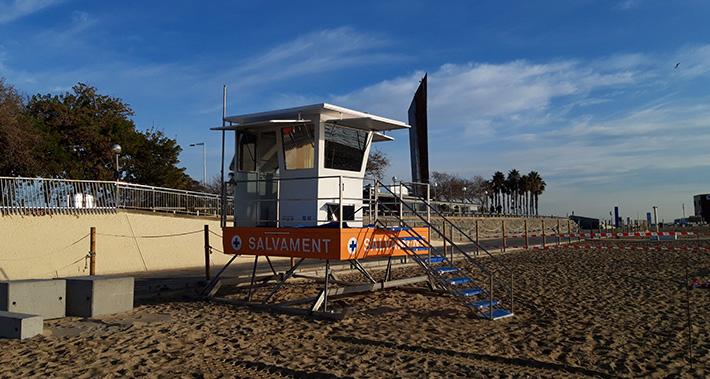 Punto de vigilancia en la playa