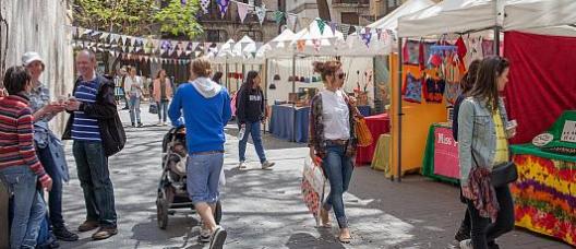 Ambiente de un mercado callejero