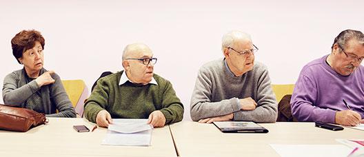 Grup de persones en una reunió