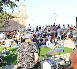 Concert a l'aire lliure al Castell de Montjuïc