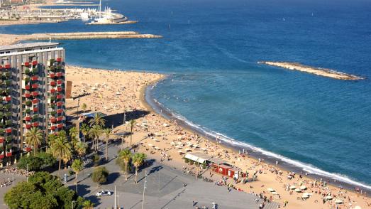Platja de Sant Miquel des de la Plaça del Mar